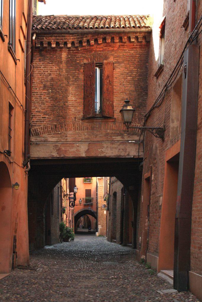 vicolo di Ferrara