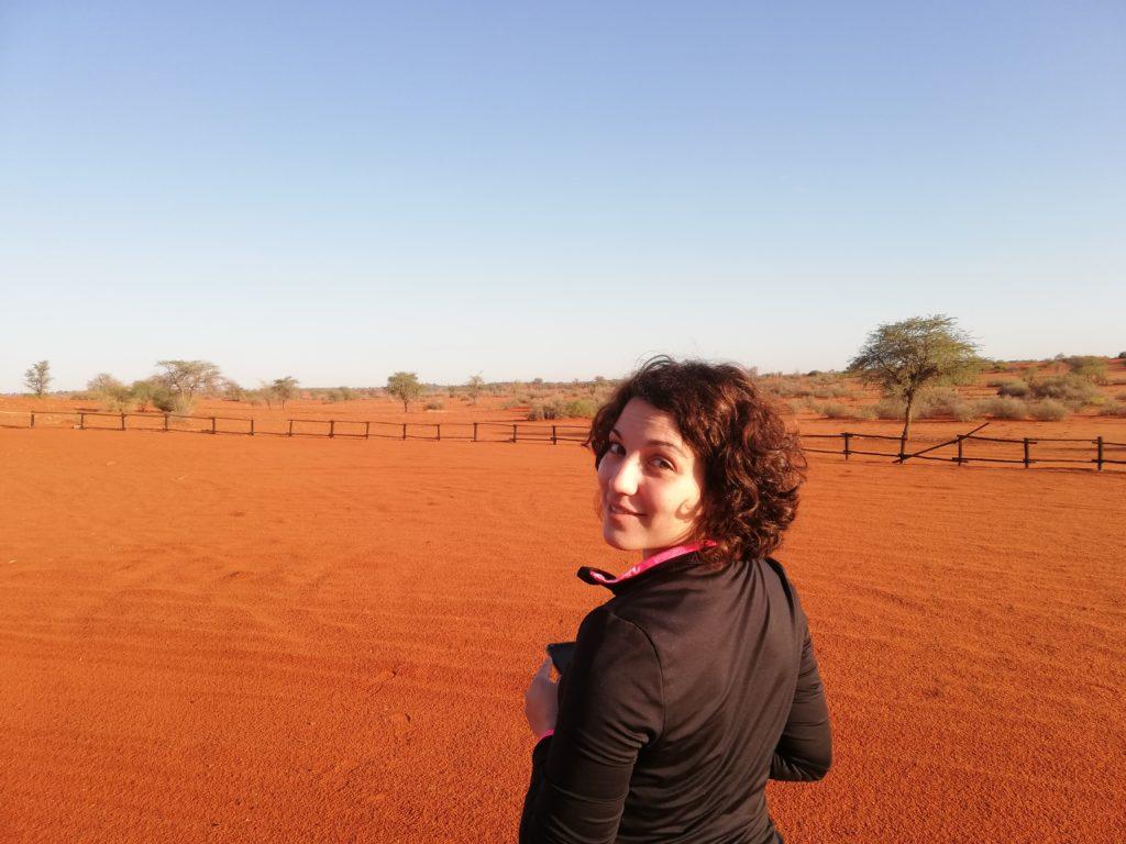 deserto del Kalahari ragazza