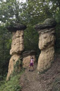 FUnghi gianti e ragazza