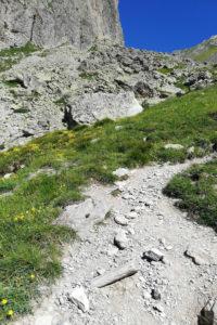 Croce provenzale sentiero