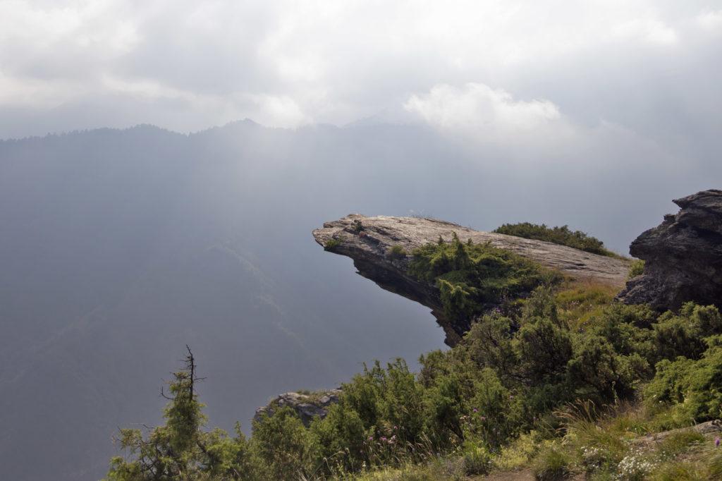 roccia a strapiombo Elva