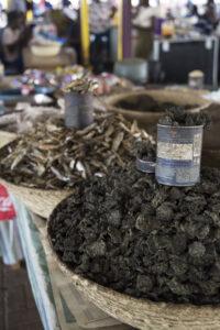 spinaci secchi Katutura market