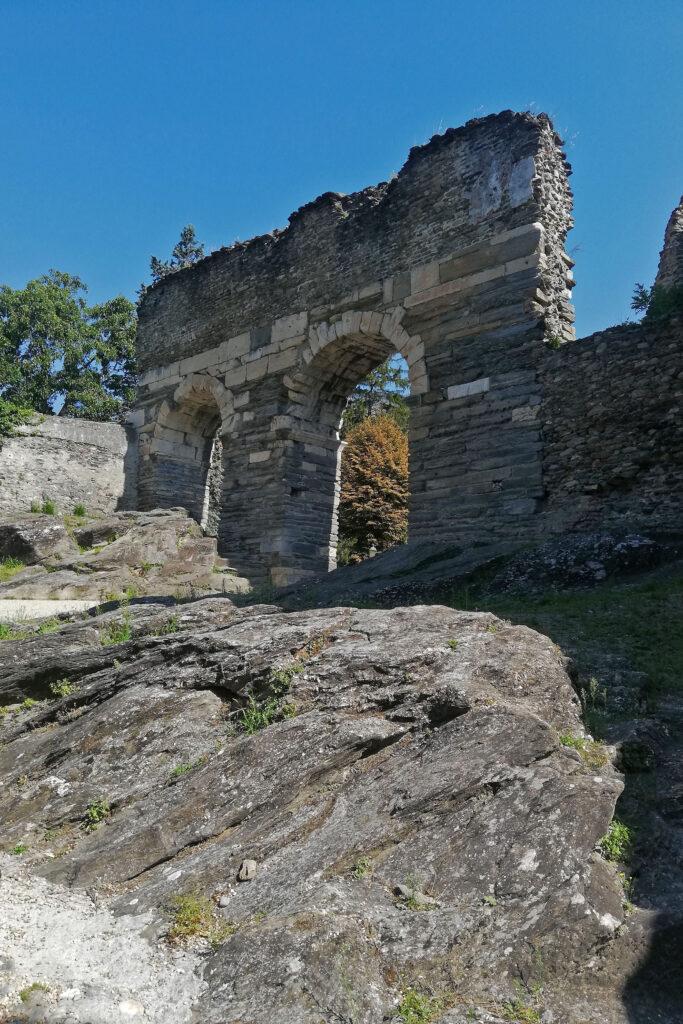due archi di acquedotto romano